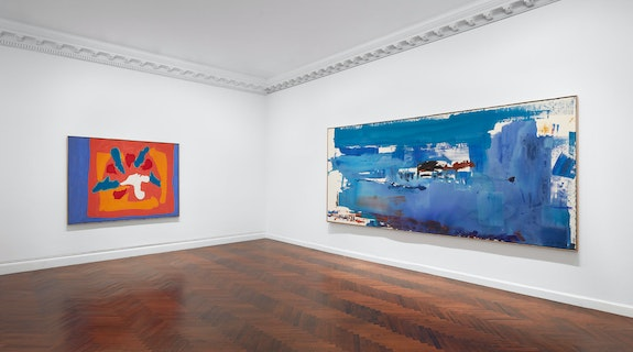 Exhibition View: <em>The Art of Marriage: Frankenthaler and Motherwell</em>. Courtesy the Mnuchin Gallery.