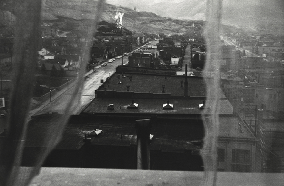 Robert Frank, <em>View from Hotel Window, Butte, Montana</em>, 1956. © Robert Frank.