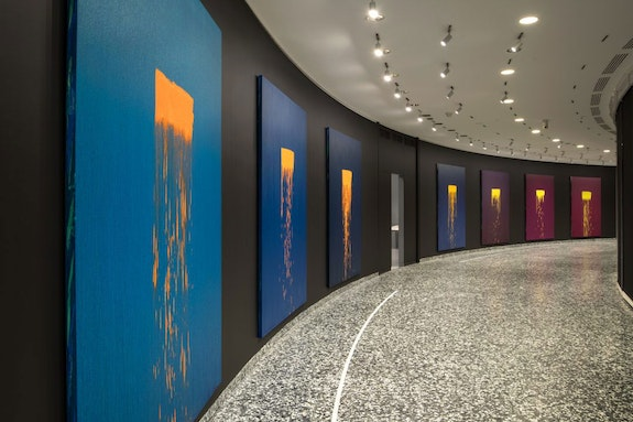 Installation view: Pat Steir: Color Wheel, Hirshhorn Museum and Sculpture Garden, 2019–20. Photo: Lee Stalsworth. Courtesy of Pat Steir and Lévy Gorvy.