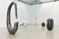 Installation view: Alma Allen, Kasmin Gallery, New York, 2020. Photo: Diego Flores