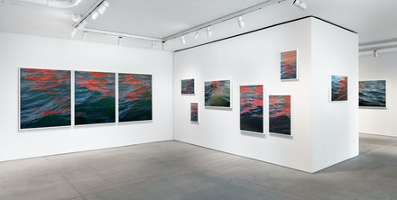 Installation view: <em></dt><dd class=
