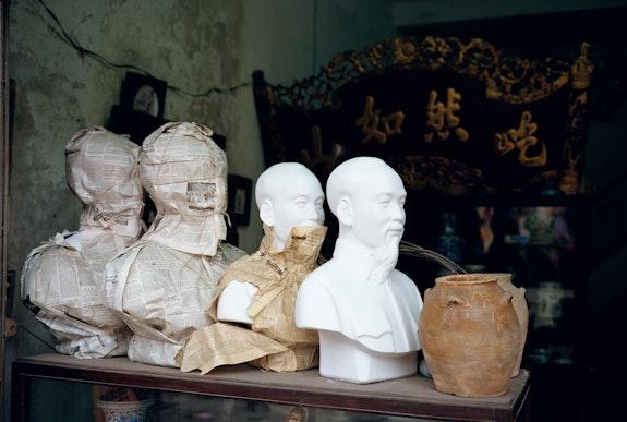 Mitch Epstein, <em>Ho Chi Minh Statues, Hanoi, Vietnam, 1993</em>. Courtesy Sikkema Jenkins & Co., New York.