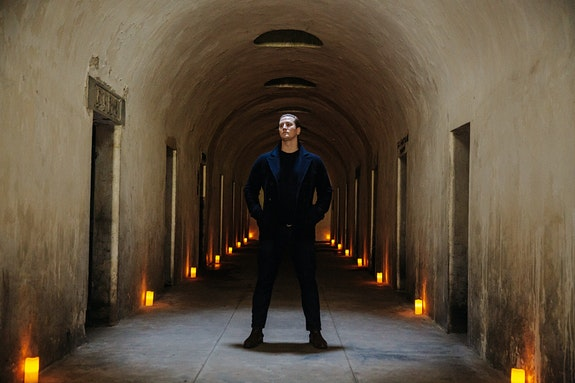 Andrew Ousley in the Green-Wood Cemetery catacombs. Photo: Kevin Condon, courtesy Unison Media