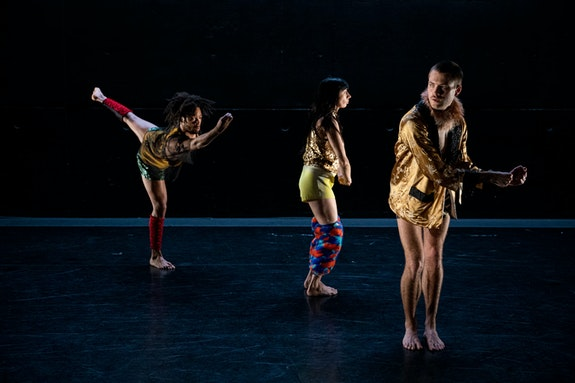 Wendell Gray II, Christine Bonansea, and Doug LeCours in Pavel Zuštiak's <em>HEBEL</em>. Photo: Maria Baranova.