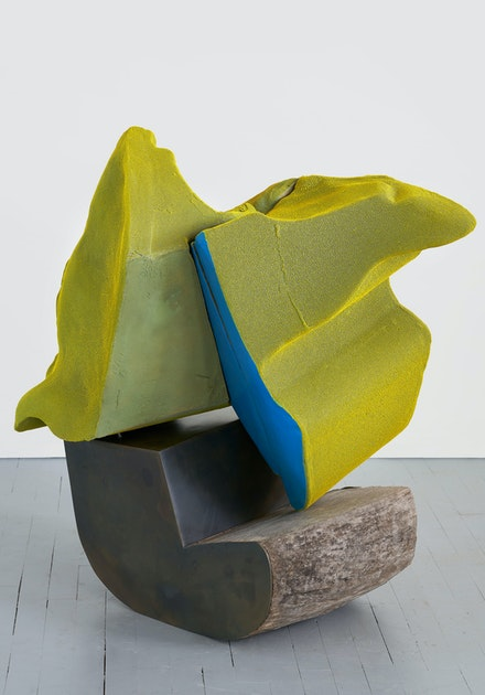 Arlene Shechet, <em>Deep Dive</em>, 2020. Glazed ceramic, painted hardwood, steel, 40 x 40 x 23 inches. © Arlene Shechet, courtesy Pace Gallery Photography by Phoebe d'Heurle.