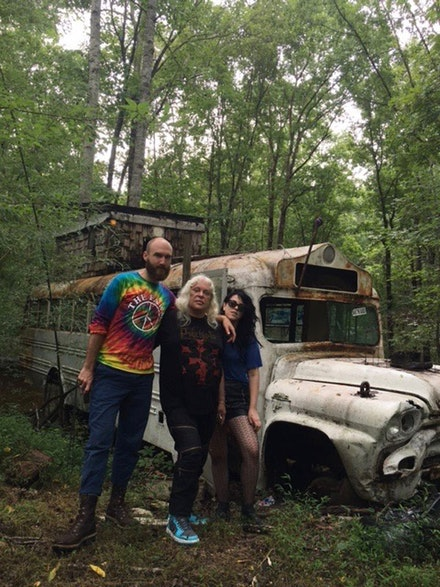 Jarrett Earnest, Genesis P-Orridge, Leigha Mason at The Farm, Tennessee, August 2016. Courtesy the author.