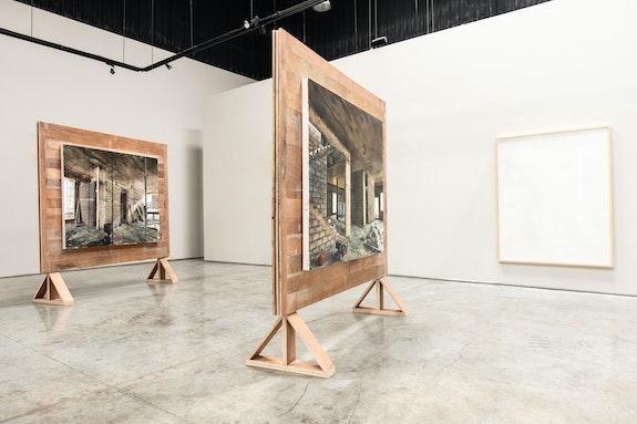 Installation view: <em>Mohammed Kazem: Infinite Angles</em>, Gallery Isabelle van den Eynde, Dubai, 2020. Courtesy Gallery Isabelle van den Eynde.