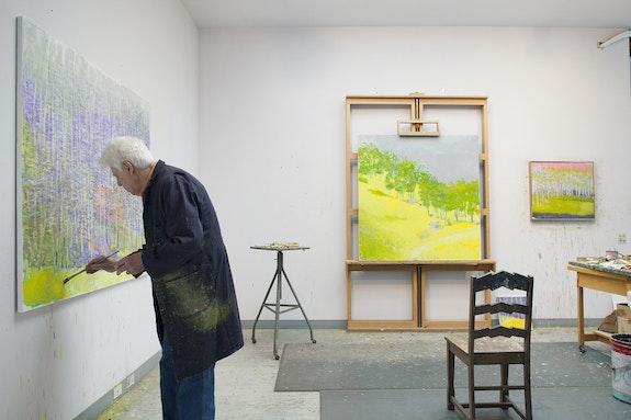 Wolf Kahn in the studio, 2015. Photo: Christopher Burke.
