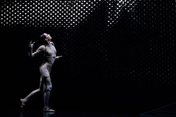 <em>Sleeping Beauty Dreams</em>, Choreography: Edward Clug. Digital Avatars: Tobias Gremmler, fuse. Photo: Irina Tuminene