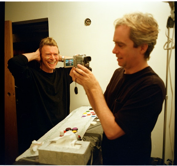 Tony Oursler with David Bowie, 1999. Courtesy the artist.