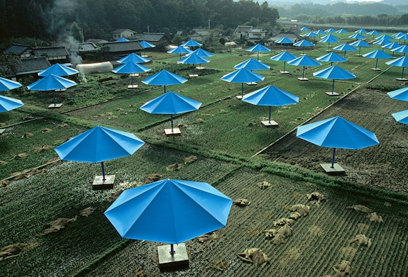 The Umbrellas, Japan-USA, 1984-91. Courtesy Christo and Jeanne-Claude. Photo: Wolfgang Volz.