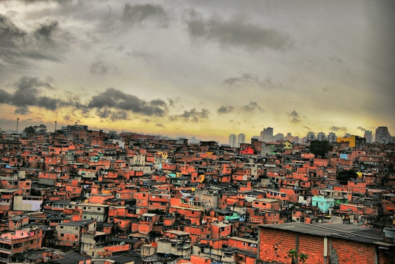 Favela Paraisopolis, 2014. Photo: Roberto Rocco (TU Delft). Accessed on <a href=