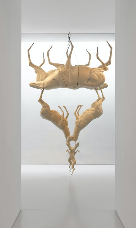 Bruce Nauman, <em>Two Leaping Foxes</em>, 2018. Polyurethane foam with steel and wire cables, 141 1/2 x 90 x 38 inches. Courtesy Sperone Westwater. Photo: Robert Vinas, Jr.