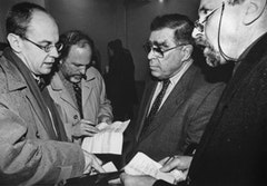 Christian Schneegass, James Cuno, Wynn Kramarsky and Frank Badur at the Akademie der Künste. Berlin, 1999.