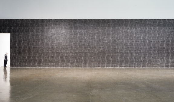Installation view: Theaster Gates: <em>Black Vessel,</em> 2020. © Theaster Gates, Photo: Robert McKeever, Courtesy Gagosian.