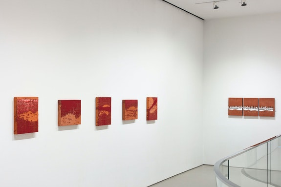 Installation view: <em>Otto Piene: Rasterbilder / Ceramics</em>, Sperone Westwater, New York, 2020–21. Courtesy Sperone Westwater.
