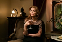 Michelle Pfeiffer in Azazel Jacobs's <em>French Exit</em>. Courtesy of Sony Pictures Classics.