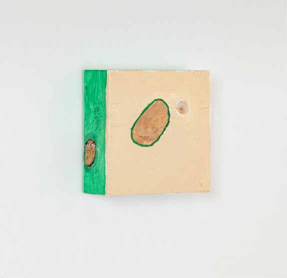 Cordy Ryman, <em>Mini Moon #3</em>, 2020. Acrylic on wood, 3 1/2 x 3 1/2 x 1 1/2 inches. Courtesy Freight + Volume.