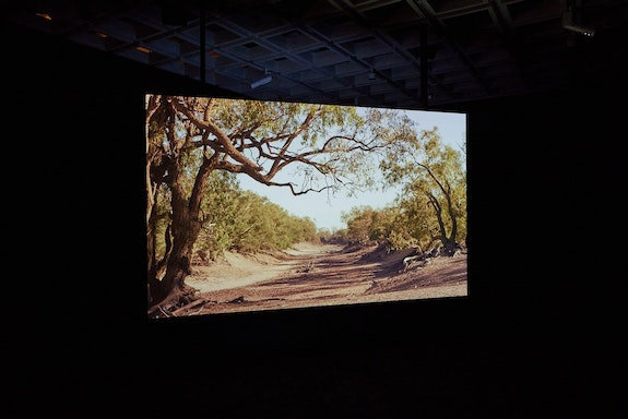 Gabriella Hirst, <em>Darling Darling</em>, 2021. Two-channel HD video, stereo-sound, colour, 25:26 mins. Courtesy the artist, the Ian Potter Cultural Trust and the Australian Centre for Moving Image (ACMI). © Gabriella Hirst.