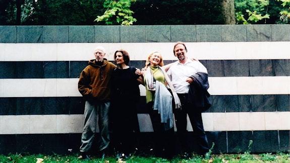 Robert Morris, Rosemarie Castoro, Barbara Rose, Don Kimes; with Morris's piece Labyrinth, at the Gori Sculpture Park near Firenze, 2003.