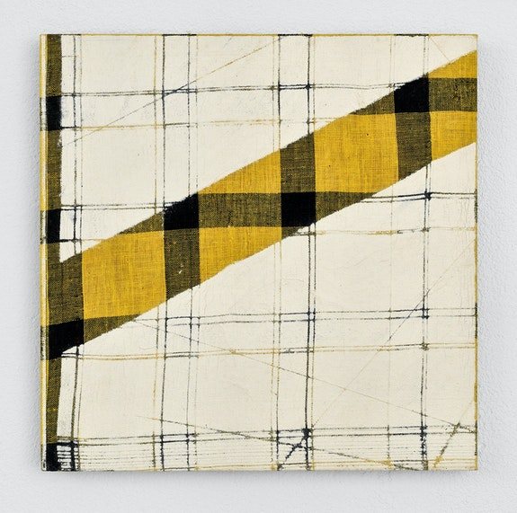 Remy Jungerman, <em>Pimba AGIDA BAAU V</em>, 2020. Cotton textile, kaolin (pimba) on wood panel (mdf), 10 × 10 inches. Courtesy Fridman Gallery, New York.