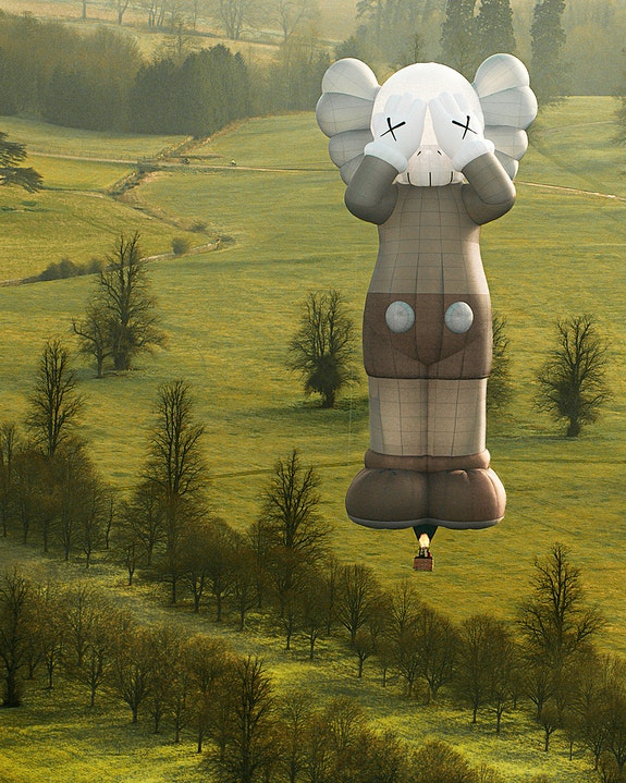 KAWS, <em>HOLIDAY</em>, 2021, Hot Air Balloon, Approximately 140 feet tall. Bristol, UK. © KAWS. Photo: @ARR.AllRightsReserved. Courtesy the artist.