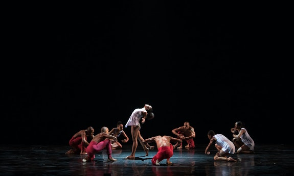 Dallas Black Dance Theatre. Photo: Anne Marie Bloodgood.