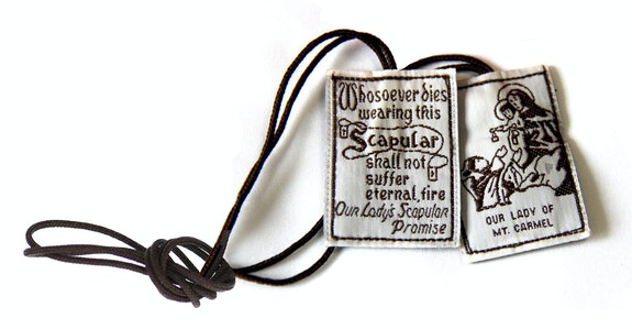 Anonymous, <em>Our Lady of Mount Carmel Scapular</em>, c. early 21st century. Wool and other fibers. Collection of the author.