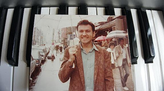 Diego Cortez, West Broadway, early '80s: Photo: Liza Béar.