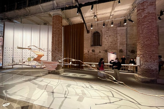 Enlace Arquitectura, <em>The Complete City: La Palomera, Acknowledgement and Celebration</em>, 2018-2020. Installed at 17th Venice Biennale of Architecture, Venice, 2021. Photo: Rafael Peña Madriz and Enlace Arquitectura. © Enlace Arquitectura