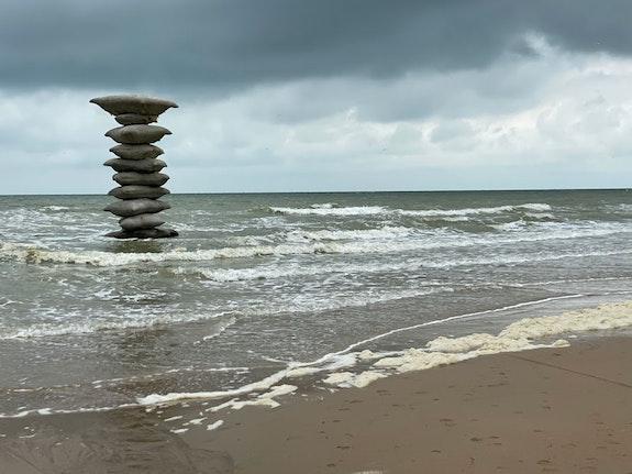 Rosa Barba, <em>Pillage of the Sea</em>, 2021. Fabric cast concrete, approx. 305 1/8 x 157  ½ x 157 ½ in. Photo: Rosa Barba. © Rosa Barba