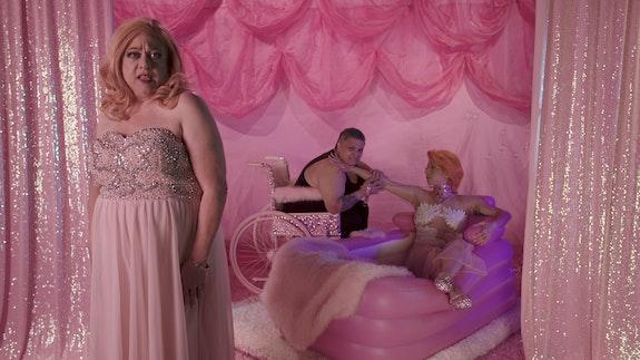 <p>Samantha Nye, <em>Visual Pleasure/Jukebox Cinema - DADDY (Verse 4)</em>, 2018. HD Video. Courtesy of the artist. © Samantha Nye 2021. Courtesy Museum of Fine Arts, Boston</p>