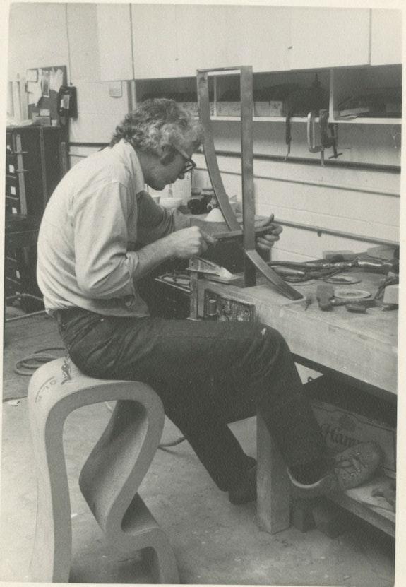 Jack Brogan in his studio at Lincoln Boulevard, Venice, mid 1970s.