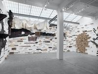 Leonardo Drew, <em>Number 305</em>, 2021. Mixed media, dimensions variable. © Leonardo Drew. Courtesy Galerie Lelong & Co.