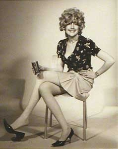 <i>Martha Wilson, A Portfolio of Models </i><i>(The Working Girl), 1974</i>