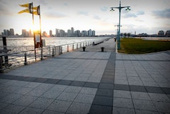 All photos of Pier 40 by Michael Short.