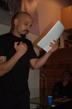 <i>Photos of Jason Flores-Williams (1-20-09) by Lynda Burdick. </i>