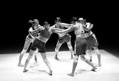 Deganit Shemy dancers Leah Nelson, Denisa Musiclova, Erika Eichelberger, Savina Theodorou, and Robin Brown. Credit: Yi-Chun Wu.