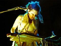 Carla Kihlstedt. Credit: Peter Gannushkin/downtownmusic.net