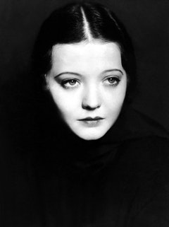 Sylvia Sidney's face © Paramount Pictures.
