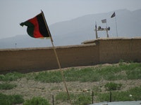 Taliban flags along the Pakistan border. Photo by Talkradionews, flickr.com