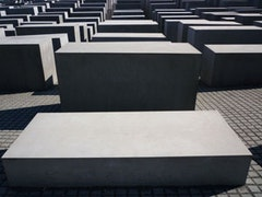 Holocaust Memorial (2005). Photo copyright Frank Badur.