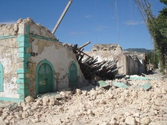 Earthquake aftermath in Jacmel. Photos by Jacques Africot.