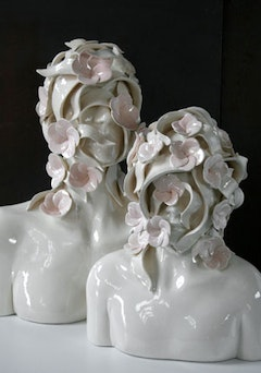 "Emil Alzamora, ""Mother & Child 4"" (2009). Ceramic, 18"" x 20"" x 12"". Courtesy of Artbreak Gallery."