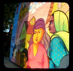 A Ditmas Park mural. Photo courtesy of Anniebee, flickr.com.
