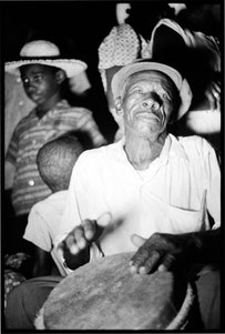 Caddy Lazarus John with boula drum, Bellvue, Carriacou, 1962.  Photo by Alan Lomax, courtesy of the Alan Lomax Archive.
