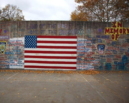 Mural at Avenue X and Bedford in Sheepshead Bay. Photo by Miller Oberlin.