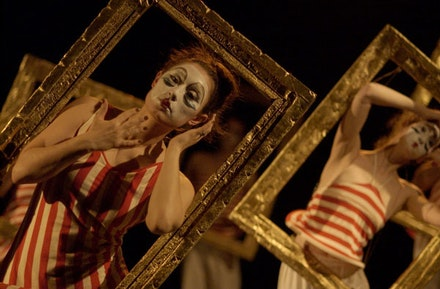 <i>Monsters & Mirrors: Heavy at Play,</i> 2003. Choreography by Abby Bender. Photos by Willy Somma.