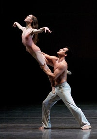 Wendy Whelan and Jock Soto in Christopher Wheeldon's After the Rain. Photo by Paul Kolnik.