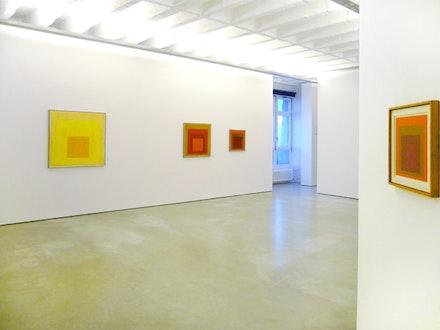 Josef Albers Exhibition View © Galerie Berinson.